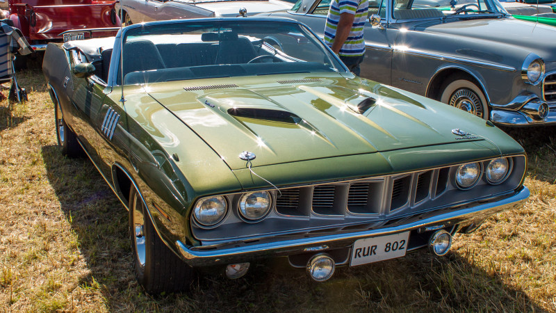 Plymouth Barracuda -71